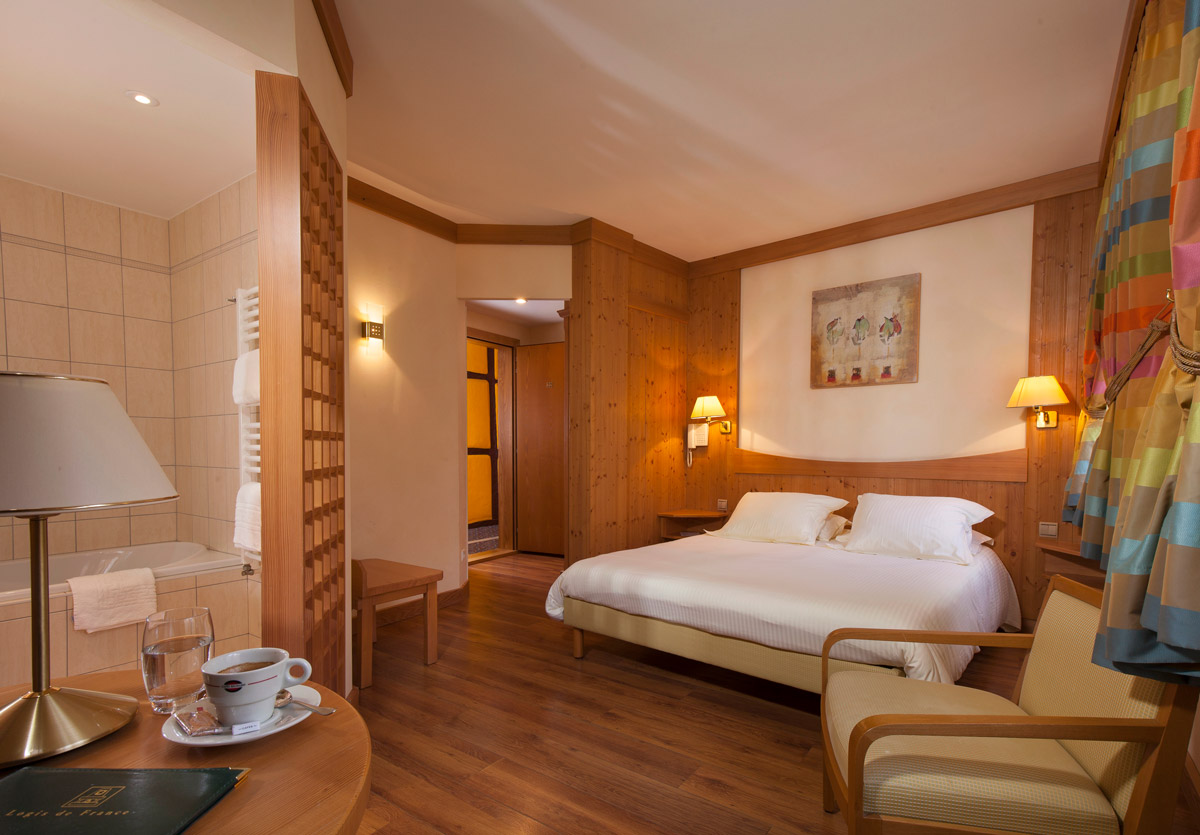 H tel 3 toiles ribeauvill en alsace for Derniere chambre hotel